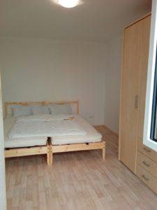 Hütte 6 - Schlafzimmer